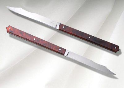 Couteaux de table, lame en acier inox 14C28, manche en galalithe. Par 2, 4, 6, 8 et plus.